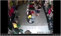 Trộm đồ trong cửa hàng nhét vào chỗ nhạy cảm bị camera phát hiện